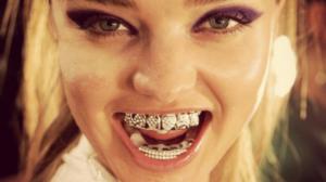 Dente de ouro - Quanto custa